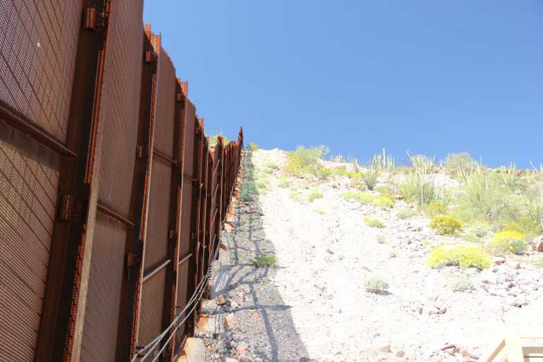 US Mexico Border Wall